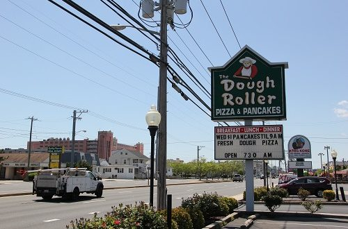 dough-roller-sign-coastal-highway-1.jpg